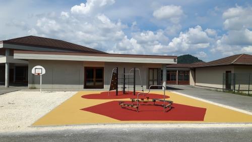 jeux école maternelle 27 07 2016.jpg